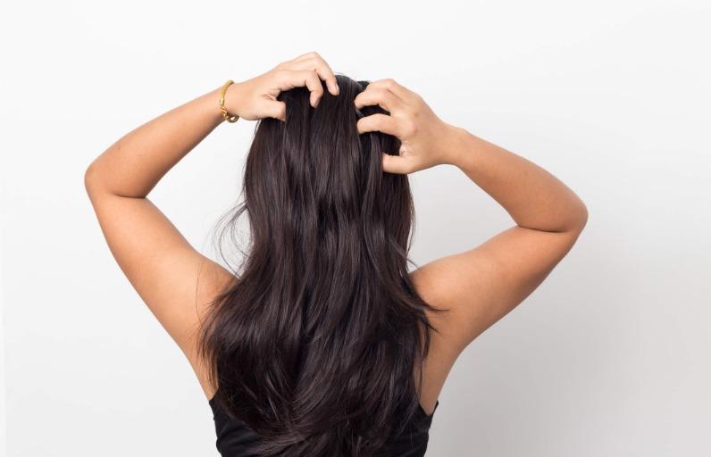 10 Adımda Saç Derisi Bakımı