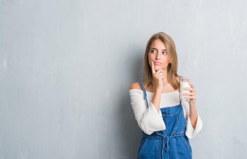 Süt ürünleri akneye neden olur mu?