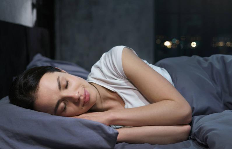 Uyuyan güzeller buraya: Uykunun cilt bakımına etkileri nelerdir?
