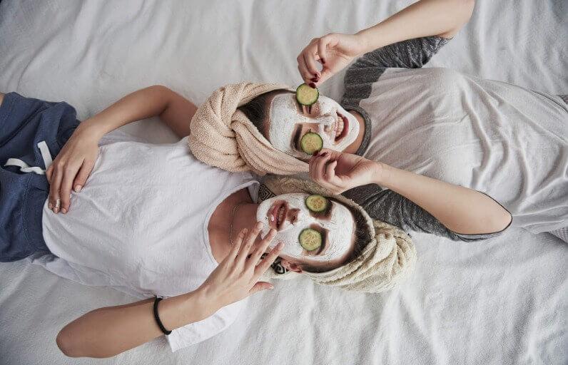 Salatalık Maskesi Nedir, Nasıl Yapılır ve Cilde Faydaları Nelerdir?