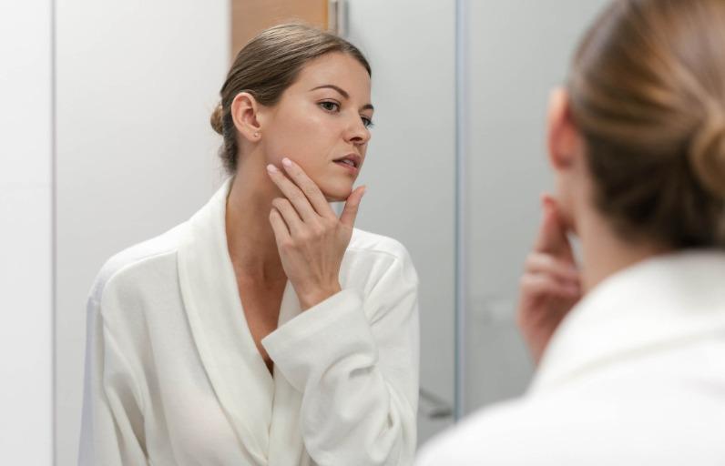 Yüz Masajı İle Anti-Aging Uygulaması
