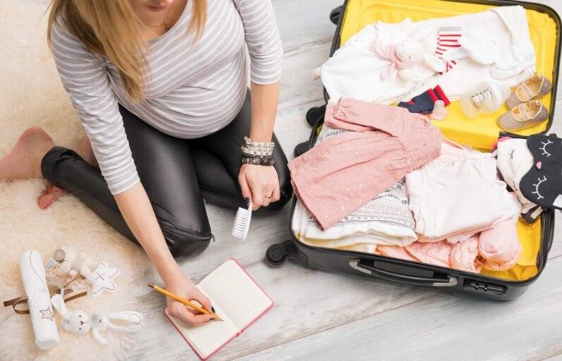 Anne-bebek çantası: Doğum çantasında neler olmalı?
