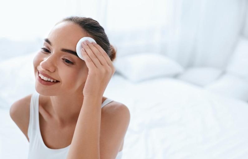 Makyaj temizleme yağı nedir, nasıl kullanılır?
