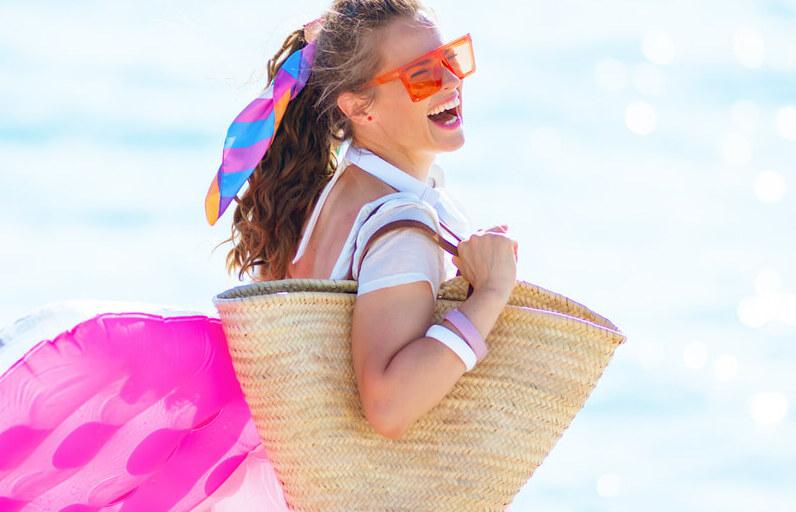 Plaj Çantandan Ayırmaman Gereken 4 Ürün Önerisi