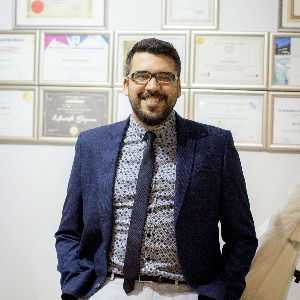 Uzm. Dr. Mustafa Bayram